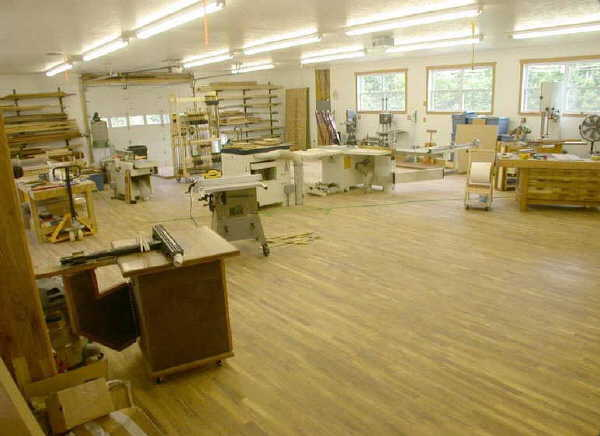 Solowoodworker the workshop requirements for the solo for Living 3000 shop